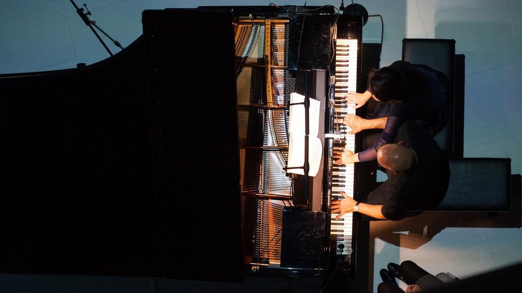 "Dennis Russell Davies & Maki Namekawa - Stravinsky: Glass's ""Four Movements for Two Pianos."""